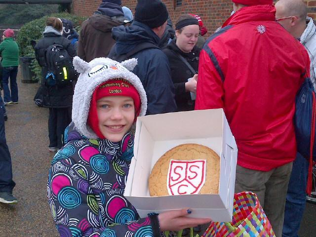 Giant cookie prizes in 2013