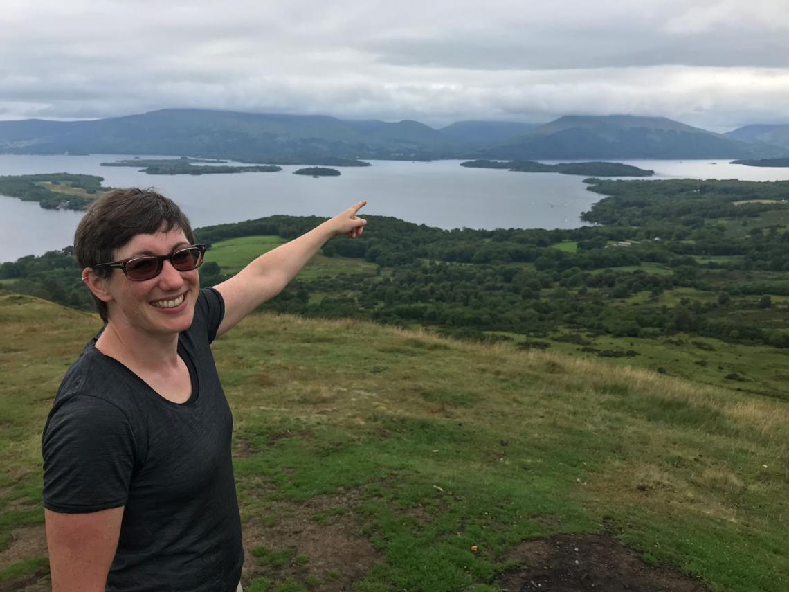 Deirdre Ward swims Loch Lomond in ten hours 45 minutes