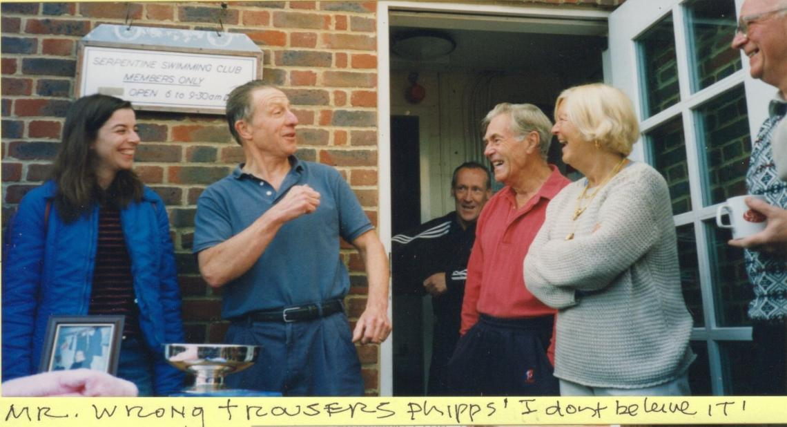 2000, Bill recounting the story of the wrong trousers at the presentation of the Louis Schendler memorial bowl.  In the presence of Louis' daughter, Bunny.