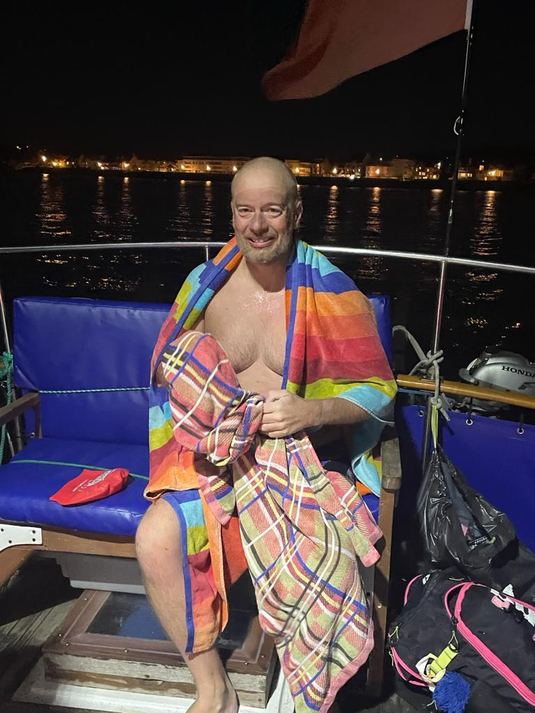 Stu Bowman swims to France in 15 hours and 31 minutes